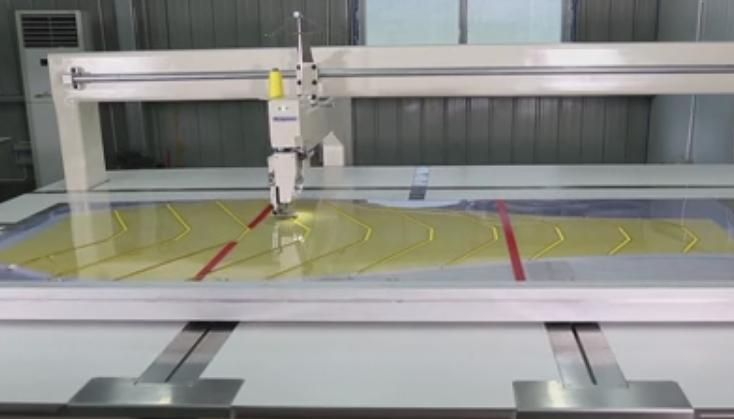 睡袋缝制应用富怡全自动睡袋专用缝纫机