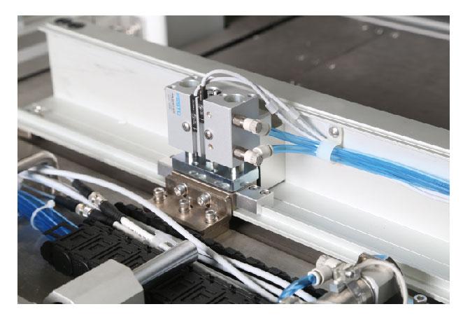 富怡全自动汽车专用前边缝纫机