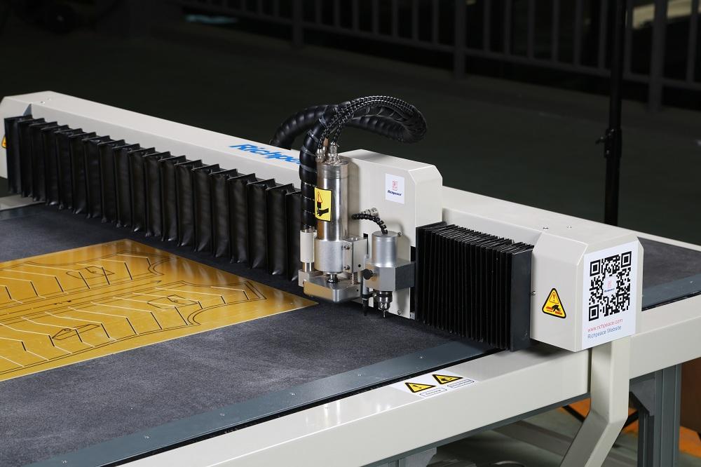 富怡电脑模板切割机(铣切机)